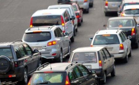 Noua taxă de poluare ar putea bloca piaţa auto. Vezi aici de ce