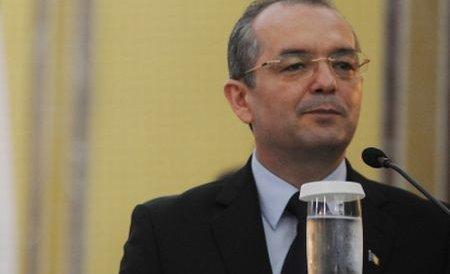Emil Boc: Bugetarii vor mai primi stimulente financiare în 2012 doar dacă domeniul lor este profitabil