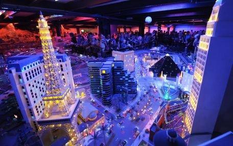 """Las Vegas, în pragul falimentului. """"Oraşul luminilor"""" de odinioară este lider de şomaj în SUA"""