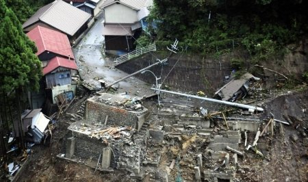 Taifunul Talas face ravagii în Japonia: 17 persoane au murit şi 43 sunt date dispărute