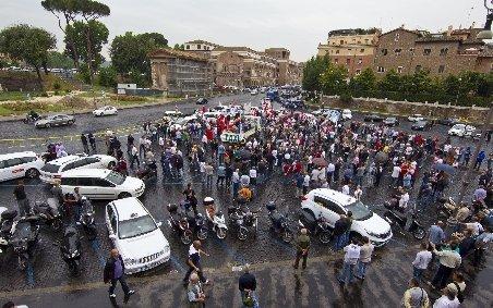 Italia. Grevă generală împotriva măsurilor de austeritate