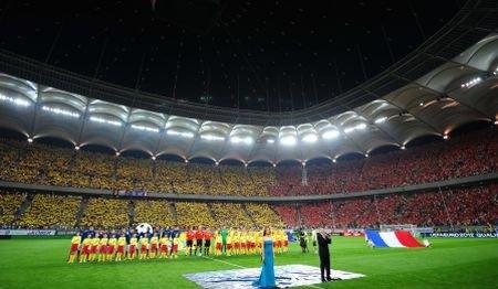 Arena... vedetelor: Vezi ce personalităţi au participat la meciul România-Franţa