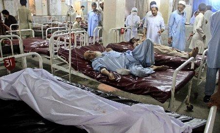 Dublu atentat cu cel puţin 13 morţi, în sud-vestul Pakistanului
