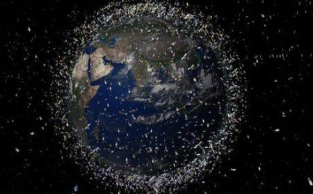 Oamenii au reuşit să polueze şi spaţiul cosmic: O cantitate imensă de gunoaie pluteşte pe orbită