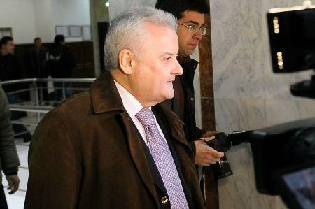 Irinel Columbeanu, executat silit pentru neplata cheltuielilor de judecată a procesului de divorţ