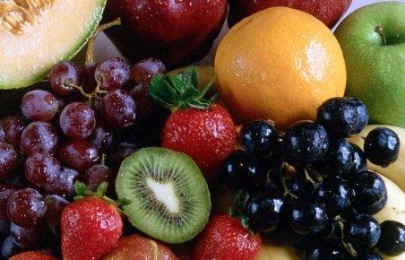 Cresc importurile de alimente. România utilizează doar două treimi din terenul cultivabil