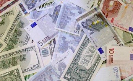 """Ce spune economistul-şef al BNR despre criza globală, posibila ieşire a Greciei din zona euro şi ligă în care """"joacă"""" România pentru atragerea investitorilor străini"""