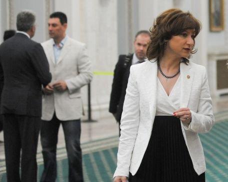 Senatorul PDL Sorina Plăcintă s-a căsătorit pentru a treia oară
