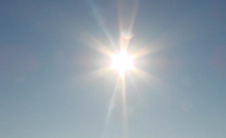 Vremea caldă va continua. Meteorologii anunţă două zile de caniculă