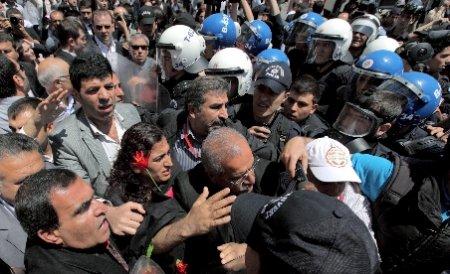 Clădire a Consiliului Europei, ocupată de militanţi kurzi: Vrem informaţii despre liderul nostru, Abdullah Ocalan