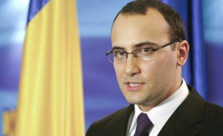 Traian Băsescu l-a numit pe Valeriu Turcan în Consiliul de conducere al ICR
