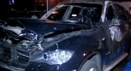 Bucureşti. O maşină de teren s-a făcut scrum pe o stradă din Pantelimon