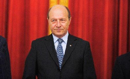 Traian Băsescu le recomandă miniştrilor să se abţină de la criticarea partidului până când pleacă din Guvern