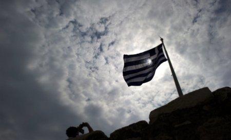 Grecia, cu un picior în prăpastia falimentului. FMI cere reducerea cheltuielilor