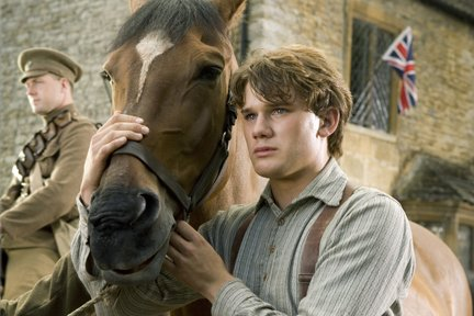 """""""War Horse"""", filmul lui Spielberg, preferatul criticilor la Oscar 2012. Vezi ce alte producţii îl urmează în clasament"""