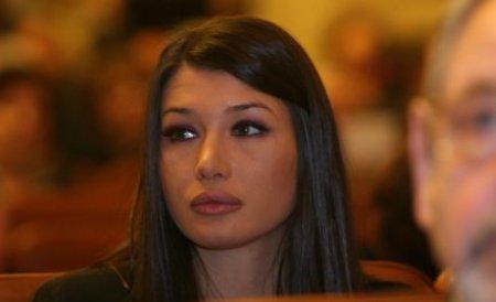 Elena Băsescu, întreruptă în PE pentru că nu avea traducere în limba engleză