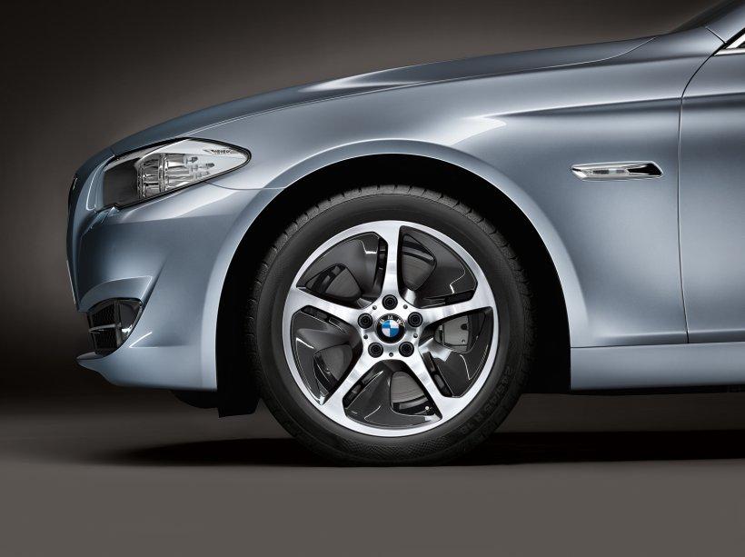 BMW ActiveHybrid 5, anunțat oficial. Mașina poate fi cumpărată și de români din 2012