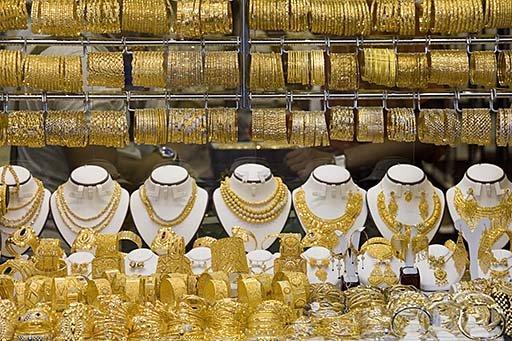 Patru hoţi români au furat bijuterii de 1,6 milioane de dolari în oraşul american Houston