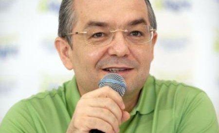 """Emil Boc a inaugurat stadionul de la Cluj: """"Să fie într-un ceas bun!"""""""