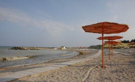 Peste două milioane de turişti au vizitat anul acesta litoralul românesc. Vremea rămâne caldă