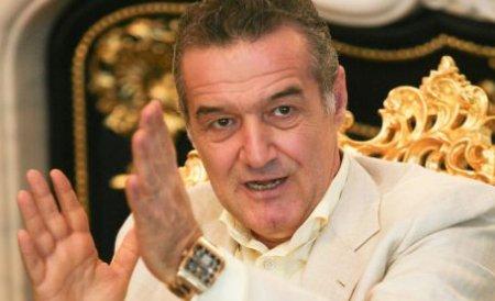 Gigi Becali şi-a comandat costum de aur de 8.000 de euro