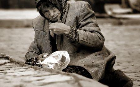 România, cel mai sărac stat din UE. 18 % dintre români trăiesc sub pragul sărăciei