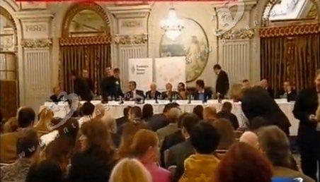 De ce au fost evacuaţi liderii PDL din sala de şedinţă, când vorbeau despre unificarea dreptei