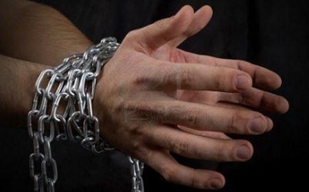 Cruzime fără margini: Patru americani cu probleme psihice, ţinuţi în lanţuri şi înfometaţi