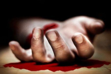 Sinucidere inexplicabilă la Craiova: Un bărbat şi-a tăiat gâtul, mâinile şi picioarele în timpul serviciului