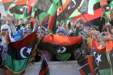 """Ceremonia de """"eliberare"""" a Libiei. """"Ridicaţi-vă capetele. Sunteţi libieni liberi"""""""
