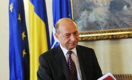 Băsescu: Deficitul trebuie să fie cu mult mai mic de 3%. Coaliţia să găsească soluţii