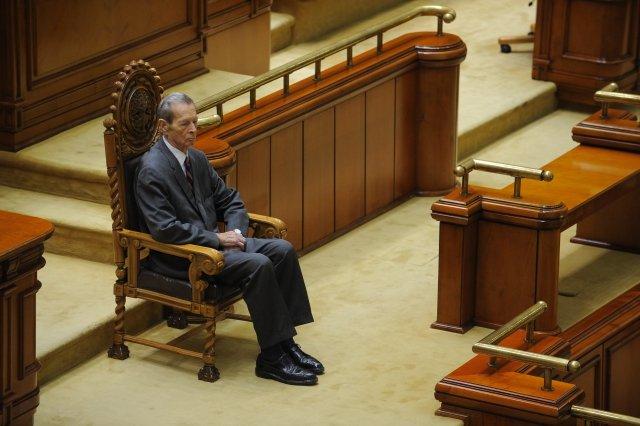 Presa internaţională despre discursul regelui: Omagii pentru Regele Mihai, palme pentru Băsescu