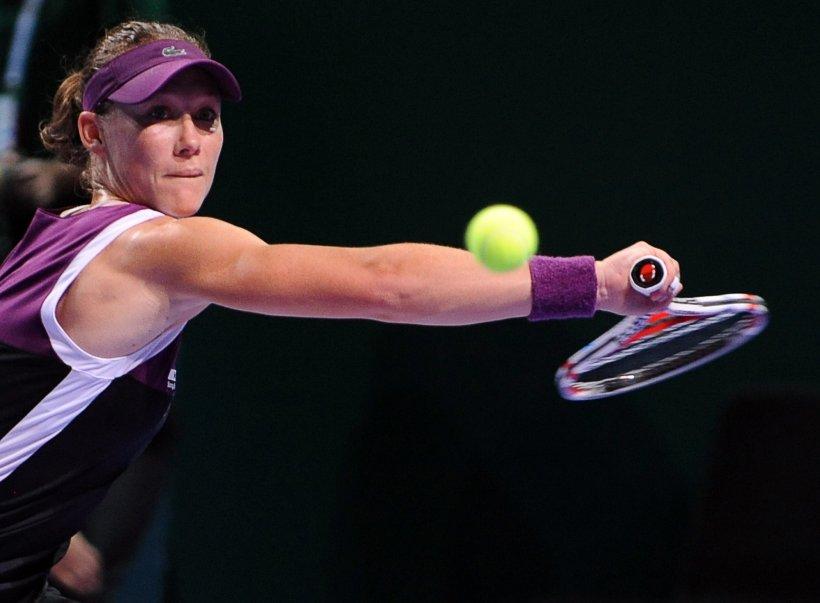 Samantha Stosur şi Vera Zvonareva s-au calificat în semifinalele Turneului Campioanelor