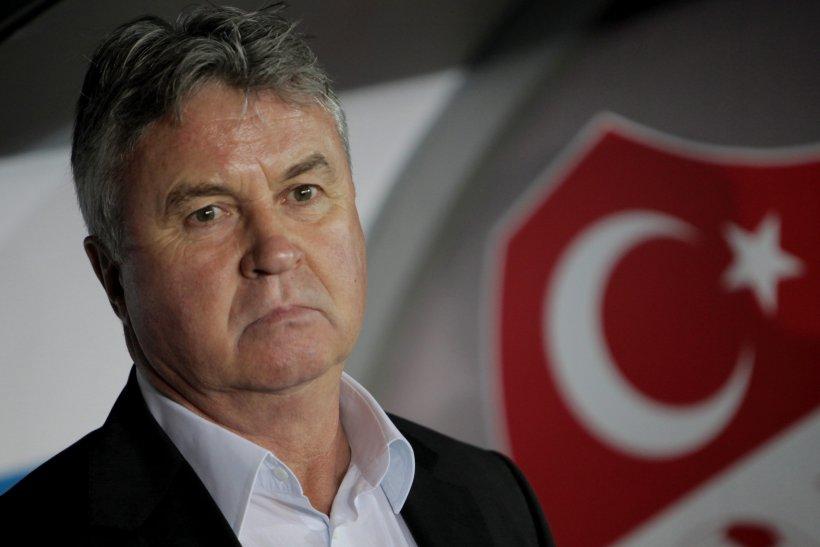 Guus Hiddink şi federaţia turcă şi-au încheiat de comun acord colaborarea, după ratarea calificării la Euro