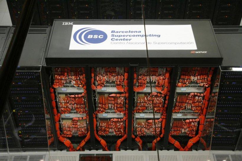 BSC dezvoltă un supercomputer hibrid eficient energetic