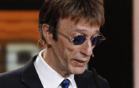 Robin Gibb, unul dintre cei trei membri ai formaţiei Bee Gees, diagnosticat cu cancer la ficat