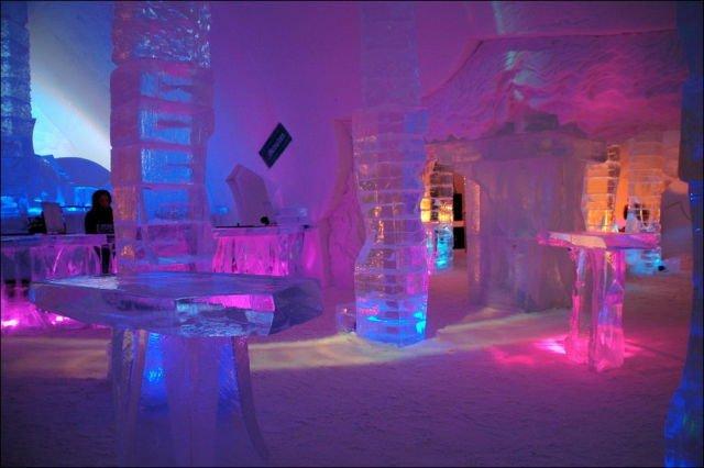 """Cel mai """"cool"""" hotel de gheaţă"""