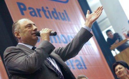 Solomon cântăreţul: Primarul Craiovei a oferit un moment artistic de 1 Decembrie. Ascultă recitalul