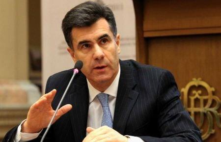 România ar putea apela în 2012 la banii de la FMI, susţine consilierul Guvernatorului BNR