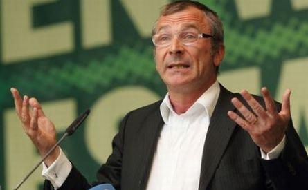 Guvernul Boc, tras la răspundere. Germanii cer explicaţii privind închisorile CIA