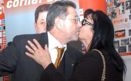 A MURIT soţia lui Cornel Dinu. Silvia Dinu suferea de diabet, arterită şi avea probleme cardiace
