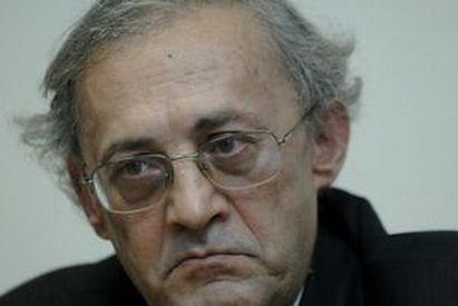ANI: Preşedintele Colegiului Medicilor, Vasile Astărăstoae, incompatibil cu funcţia de rector