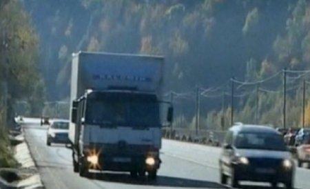 Restricţiile pentru camioane pe DN1, între Bucureşti şi Braşov, se menţin şi în 2012