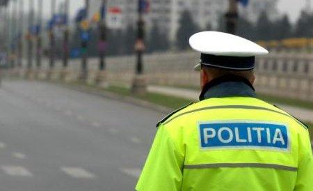 Procurorii cer arestarea preventivă a 30 de poliţişti de la secţiile 1 şi 3 din Capitală