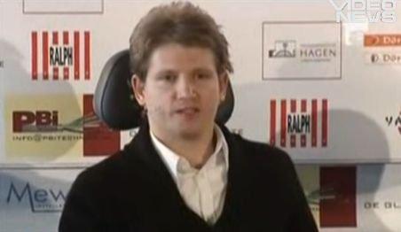 Mihai Neşu va înfiinţa o fundaţie în România pentru ajutorarea copiilor cu handicap fizic
