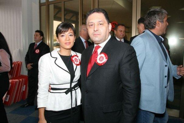 Marian Vanghelie şi Oana Niculescu-Mizil, un cuplu oficial. Vezi unde au petrecut prima vacanţă împreună