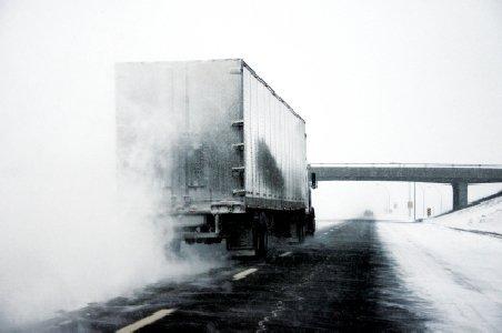 Şofer, cercetat pentru ucidere din culpă pentru că nu şi-a curăţat maşina de gheaţă. Vezi ce s-a întâmplat