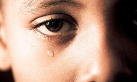 Educatoarea care a bătut un copil în Iaşi a scăpat uşor. Vezi ce pedeapsă a primit