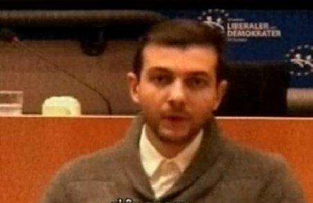 Tânăr român, vocea manifestanţilor din Piaţa Universităţii la Bruxelles: Vrem să avem încredere în politicieni, în democraţie!