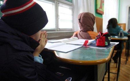 Gerul a închis 180 de şcoli în toată ţara. Cele mai afectate judeţe - Alba, Botoşani şi Constanţa